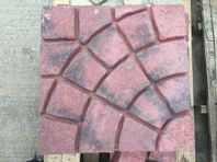 RED CONCRETE IMPRINTED FLAGS, 450X450 (7)